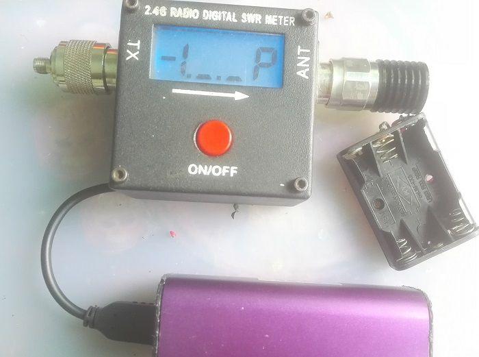 无线发射功率测试用的大红点驻波表改供电防电池漏油损坏机子